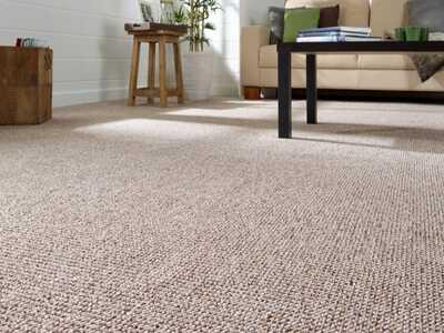 pavimento in moquette chiaro impresa pulizie roma